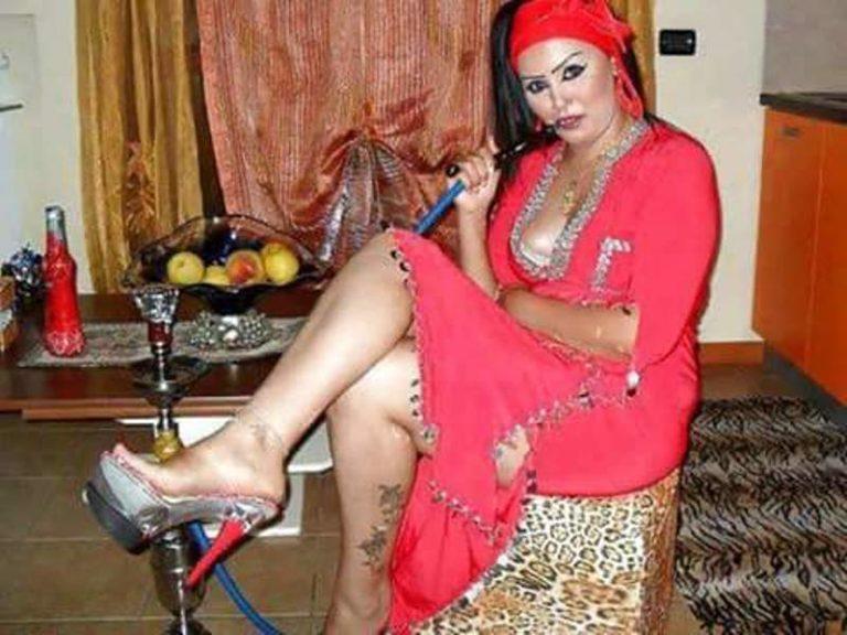 عاهرات عربيات مع الشيشة وهن ساخنات - Arabx xnxx